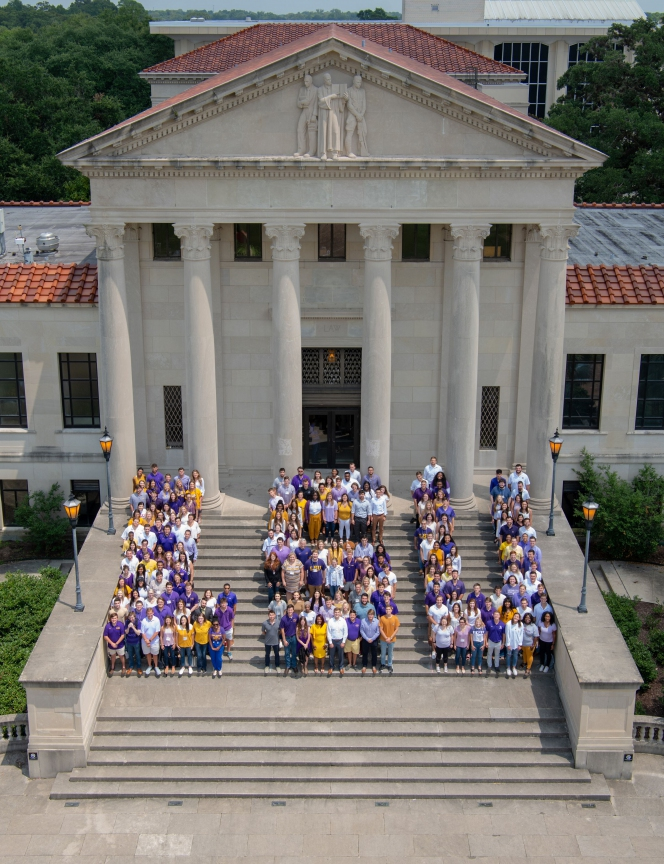 Students on Front Steps